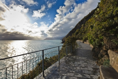 Inspirational Retreat in Italy: a New Way of Meditation_Strada dell'amore